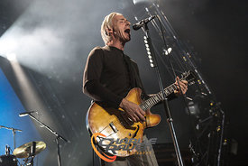 B3955_PaulWellerBournemouth12-1