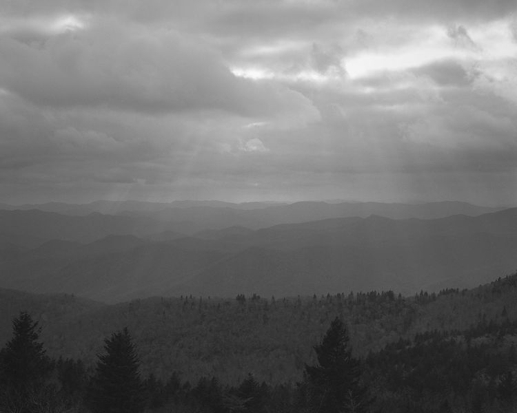 037-Blue_Ridge_D145206_Blue_Ridge_In_Early_Spring_-_Rays_Above_Mountains_003_Preview