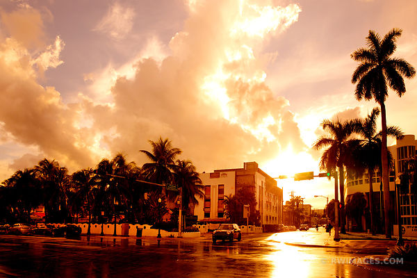 STREET INTERSECTION AFTER THE RAIN MIAMI BEACH FLORIDA