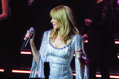 Kylie_at_the_Albert_Hall_-124
