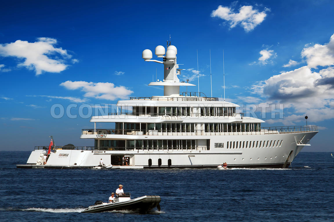 superyacht fountainhead