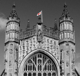 Bath_Abbey_red_flag_2