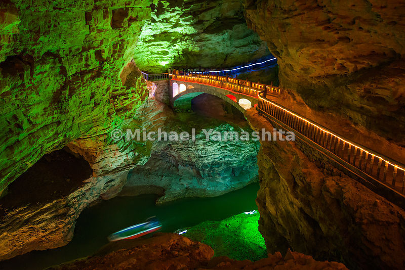 Wulingyuan National Forest Park, China's oldest National Park and World Heritage Site, pics of Yellow Dragon Cave featuring largest cavern in Asia