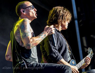 Chester Bennington and Dean DeLeo, Stone Temple Pilots