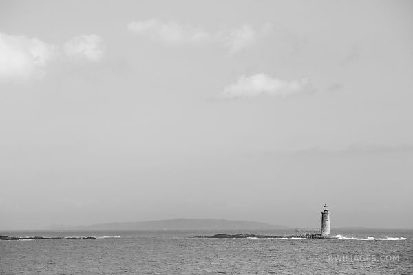 OLD LIGHTHOUSE PORTLAND MAINE COAST BLACK AND WHITE