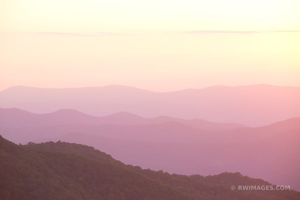 SHENANDOAH VALLEY SHENANDOAH NATIONAL PARK VIRGINIA COLOR SUNSET