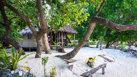 Beach acccommodation, Banks Islands
