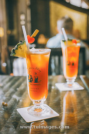 Singapore sling cocktail raffles hotel