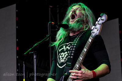 Troy Sanders, bass and vocals, Mastodon