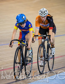 Scratch Race, Ontario Yourth Cup #1; Mattamy National Cycling Centre, Milton, On; December 5, 2015