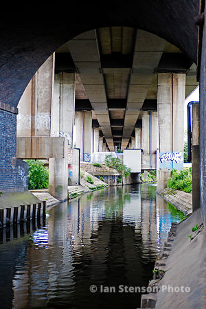 River Tame underneath M6