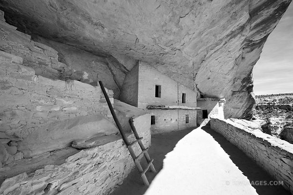 BALCONY HOUSE MESA VERDE NATIONAL PARK COLORADO BLACK AND WHITE HORIZONTAL