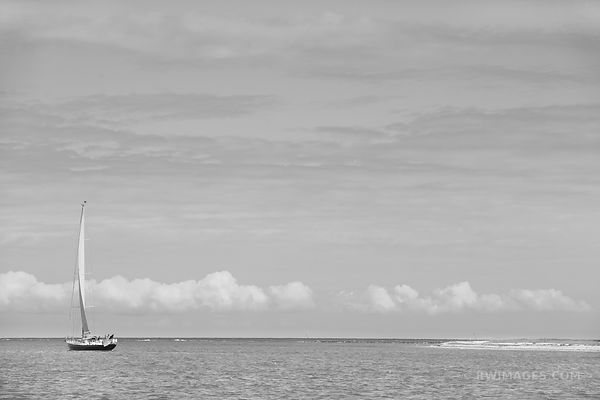SAILBOAT NANTUCKET ISLAND BLACK AND WHITE