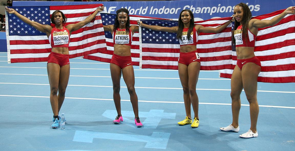 4x400 (USA) relay team Natasha HASTINGS, Joanna ATKINS, Francena MCCORORY,and Cassandra TATE