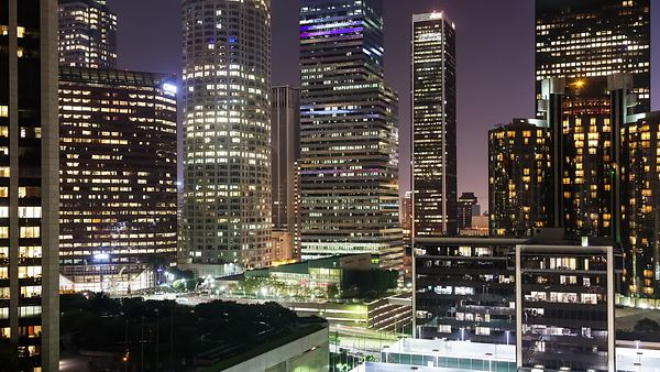 Medium Shot: An Evening In The Heart Of Downtown L.A.