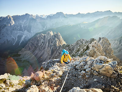 Austria, Tyrol, Innsbruck, mountaineer at Nordkette via ferrata