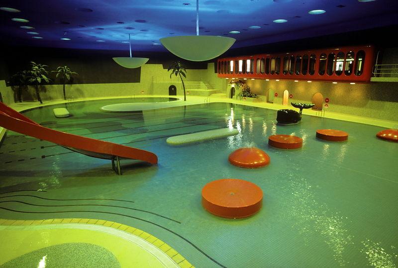 michael freeman photography swimming pool