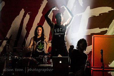 Breathe Carolina, Savages tour, 2014