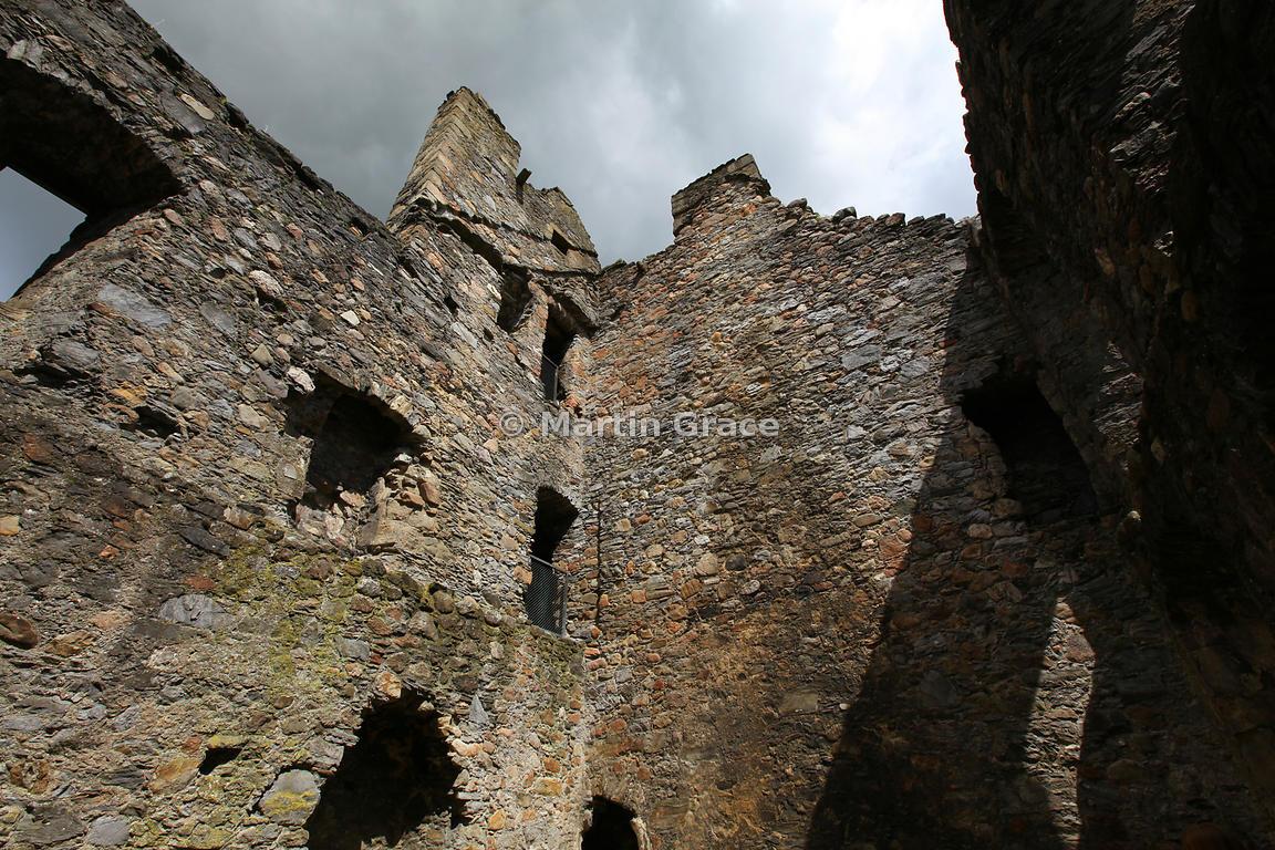 martin grace photography | balvenie castle, moray, scotland