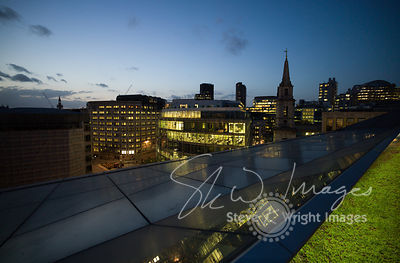 Rooftop skyline and offices at dusk - London, United Kingdom