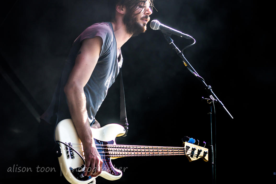 Chris Null, bass, Dead Sara, Aftershock 2013