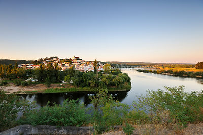 A walking trail near the village of Constância and the river Zêzere, a tributary of Tagus river. Ribatejo, Portugal