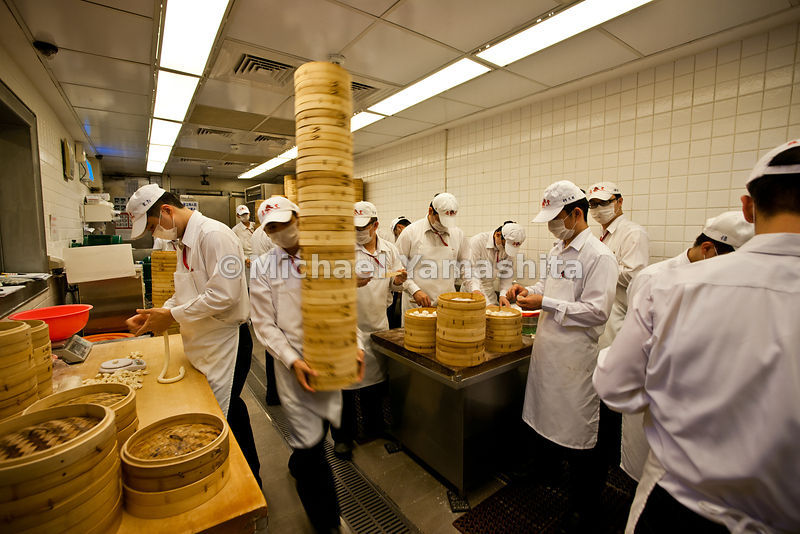 Taipei's #1 restaurant, Michelin stared, Din Tai Fung, famous for it's Shanghai style dumplings. Branches worldwide including USA. Pics of flagship, where it all started, staff making dumplings.