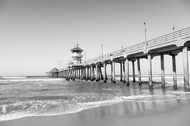 Huntington Pier in Huntington Beach CA