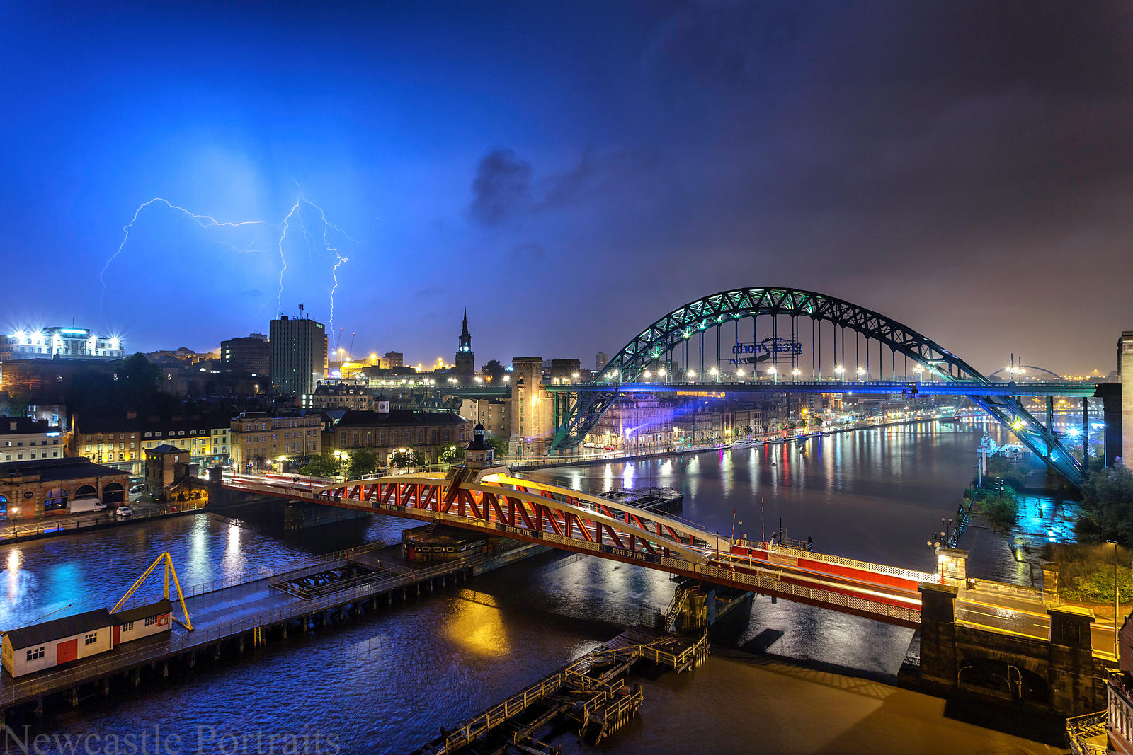 Newcastle Lightning (2)