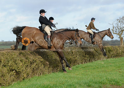 The Belvoir Hunt at Waltham House 30/1 photos