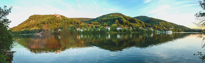 Austria, Lower Austria, St. Andrae-Woerdern, Greifenstein, Panoramic view of Greifenstein Castle and Danube river