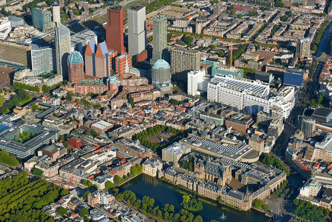 Aerial photography of the hague center the dutch house of for Auto interieur den haag