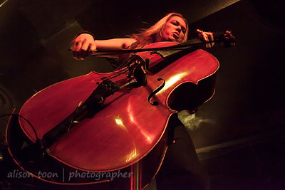 Eicca Toppinen, cello, Apocalyptica