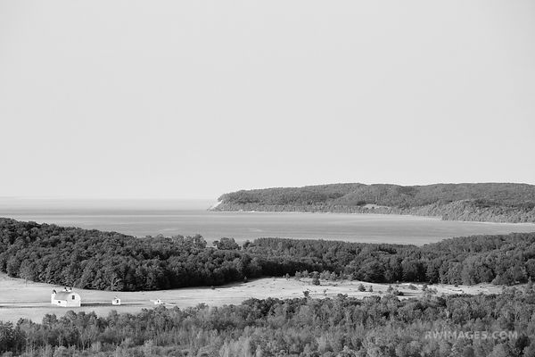 PIERCE STOCKING SCENIC DRIVE SLEEPING BEAR DUNES MICHIGAN BLACK AND WHITE