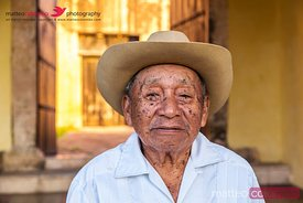 Old mexican man portrait , Valladolid, Yucatan, Mexico