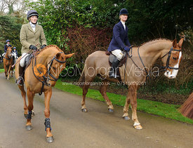 Jodie Parr, Annabel Bealby arriving at the meet - The Cottesmore Hunt at Little Dalby 7/2