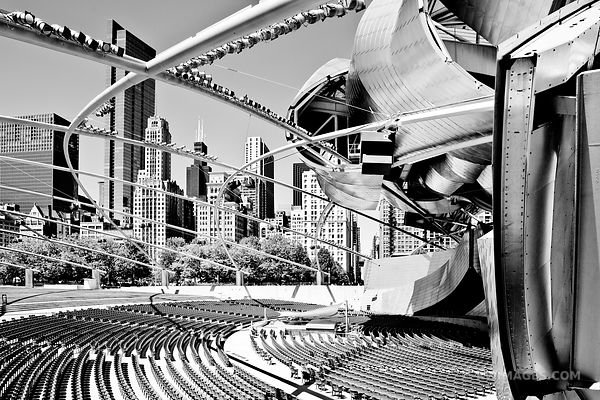 PRITZKER AUDITORIUM MILLENIUM PARK CHICAGO DOWNTOWN ARCHITECTURE BLACK AND WHITE