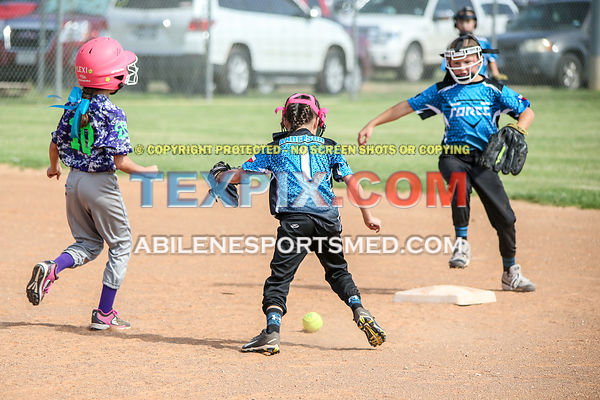 08-19-17_SFB_8U_Diamond_Divas_v_West_Texas_Force-63