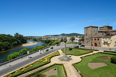 The 15th century Solar dos Pinheiros overlooking the Cavado river. Barcelos, Portugal