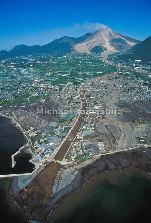 A one-two punch from Mount Unzen in 1991 clobbered homes in Shimabara with rocks and hot ash, then swamped them with mud when rains washed down the volcano's ash-covered slopes.