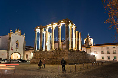 Roman Temple of Diana at dusk, a Unesco World Heritage Site. Évora, Portugal