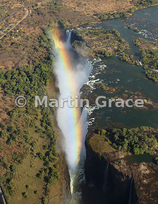 Victoria Falls (Mosi-oa-Tunya) from the air, Zimbabwe (left and above) and Zambia (right)
