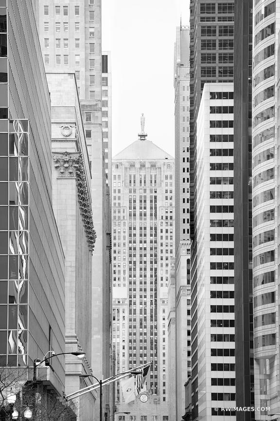 CHICAGO BOARD OF TRADE BUILDING LA SALLE STREET CHICAGO ILLINOIS BLACK AND WHITE VERTICAL
