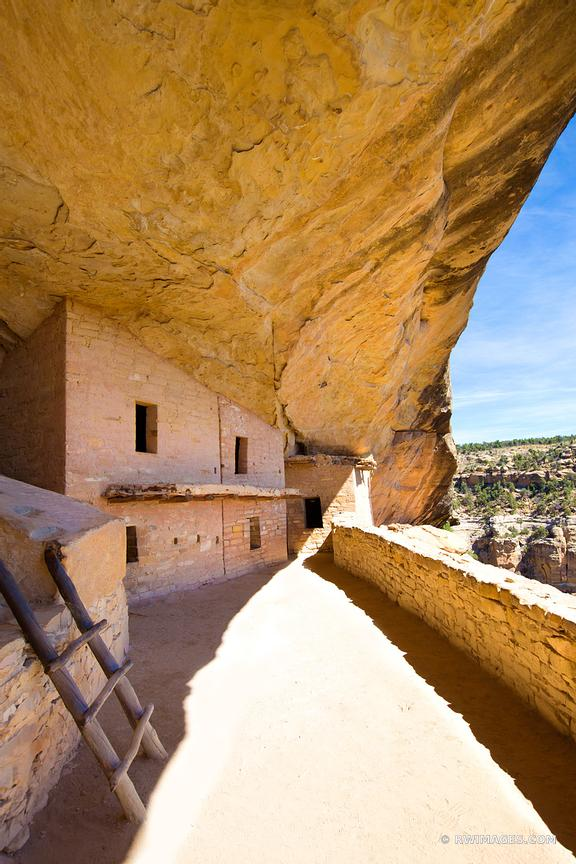 BALCONY HOUSE MESA VERDE NATIONAL PARK COLORADO COLOR VERTICAL