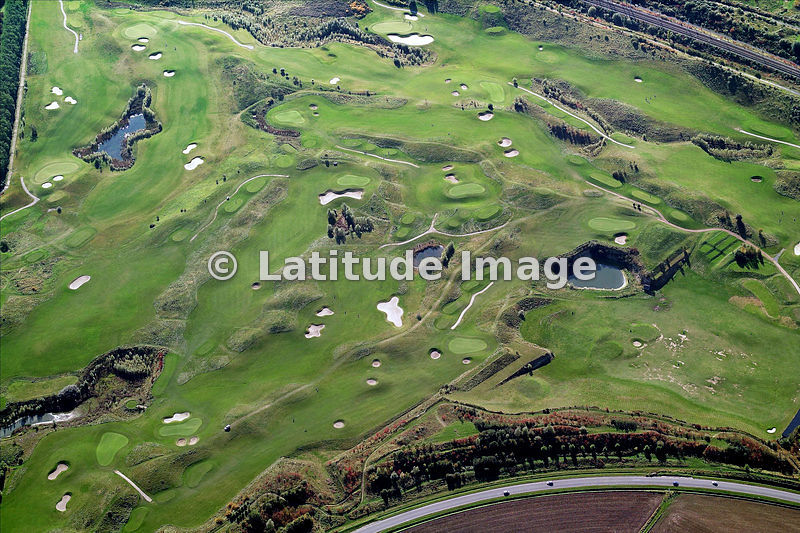 latitude image golf de lille metropole aerial photo. Black Bedroom Furniture Sets. Home Design Ideas