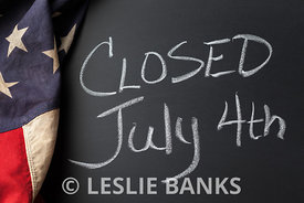 Closed July 4th Sign