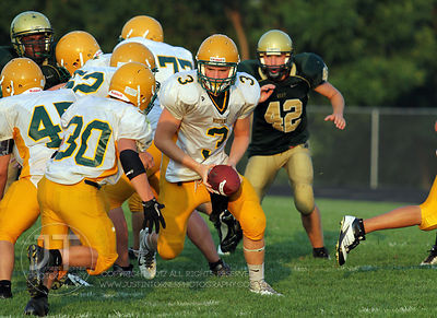 IC_WEST_HEMPSTEAD_FOOTBALL02
