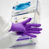 Laboratory safety gloves
