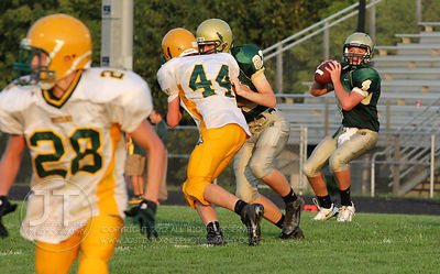 IC_WEST_HEMPSTEAD_FOOTBALL01