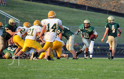 IC_WEST_HEMPSTEAD_FOOTBALL07